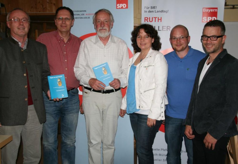 SPD-Vertreter mit dem Buchautor Rupert Appeltshauser (3. v. l.)