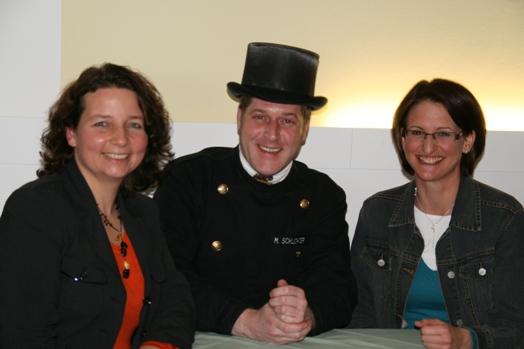 Der Energieexperte Markus Schlichter sowie die SPD-Vorsitzenden Ruth Müller (links) und Kerstin Schanzer
