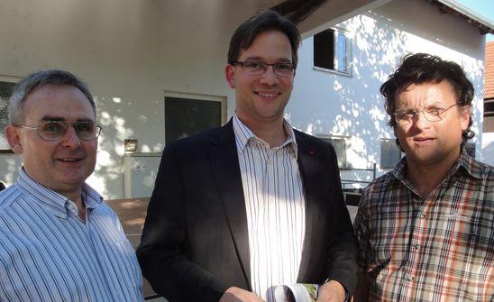 Ortsvorsitzender Hans Seidl, MdB Florian Pronold, 3. Bgm. Georg Wild