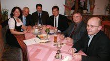 Fraktionsvorsitzende Ruth Müller und Mitglieder der SPD-Kreistagsfraktion erörtern mit MdB Florian Pronold
